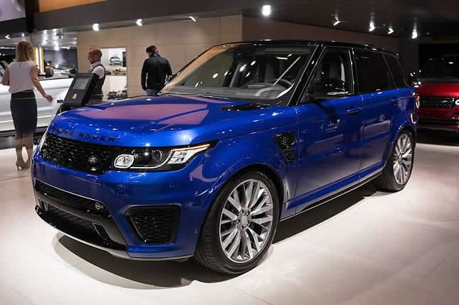 Rent a Range Rover in Nice – GP Luxury Car Choice