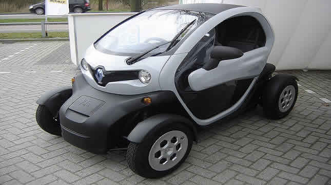 The indispensable Twizy for a successful trip