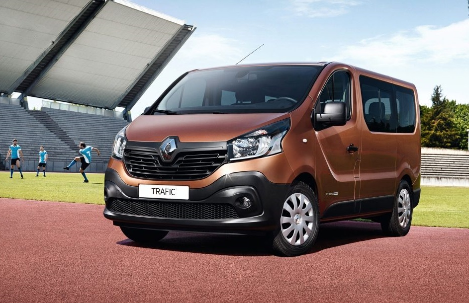 Places To Rent A Car: Rent Renault Trafic 9 Places